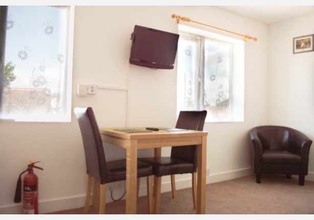 Apartment 5 - Dining Area