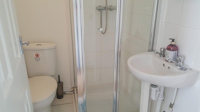 Apartment 28 - Bathroom