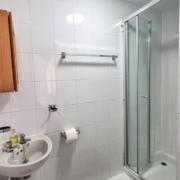 Apartment-2-Bathroom