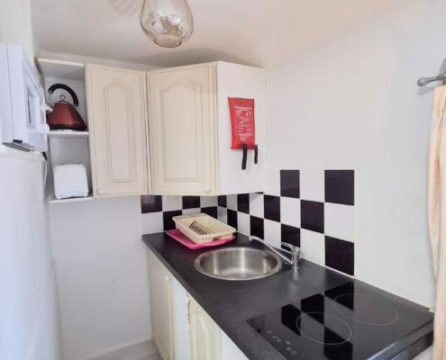Studio 8 kitchenette