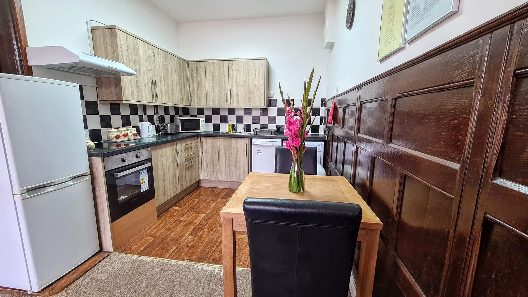 apartment-20-dining-area