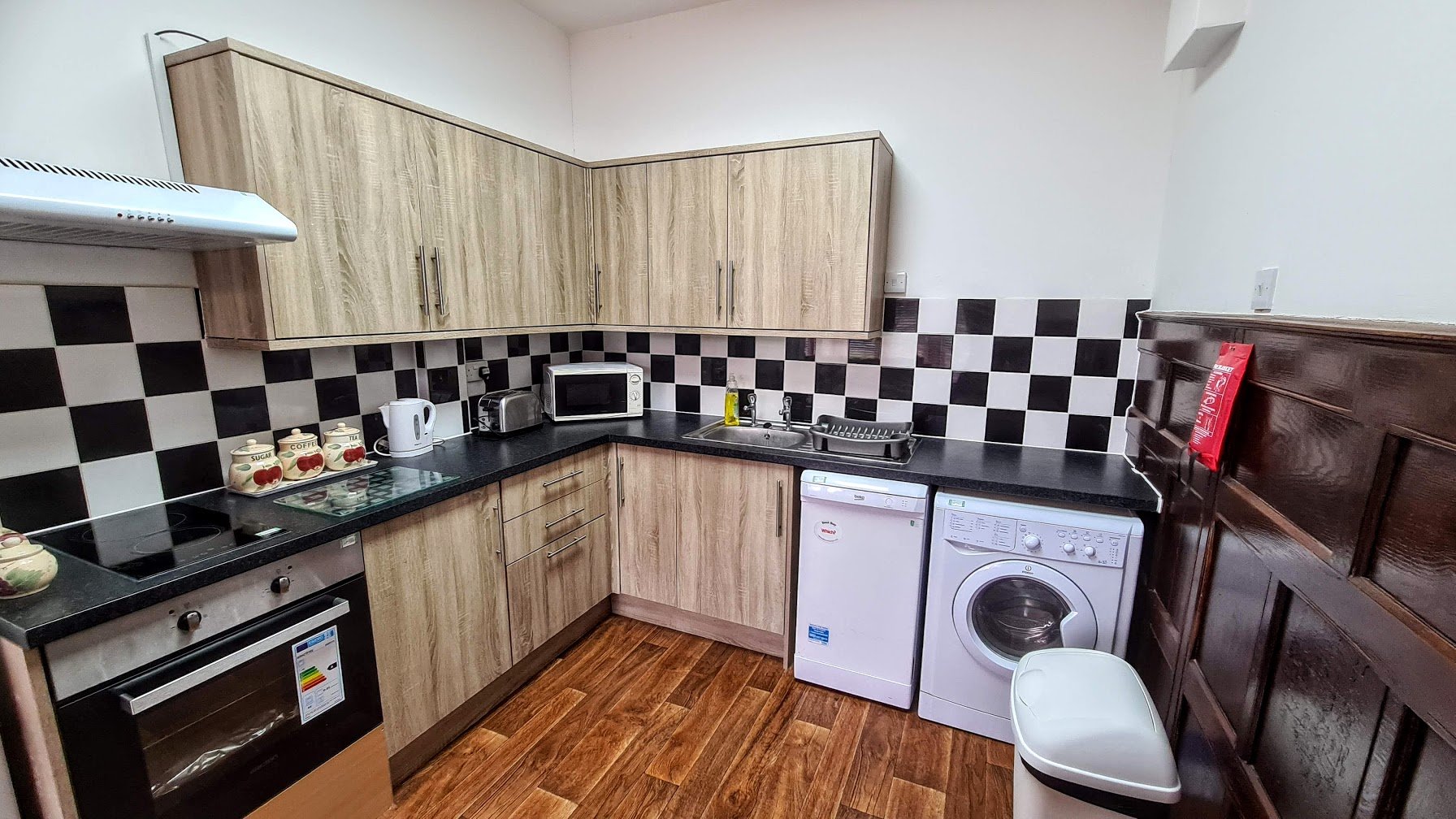 apartment-20-kitchen