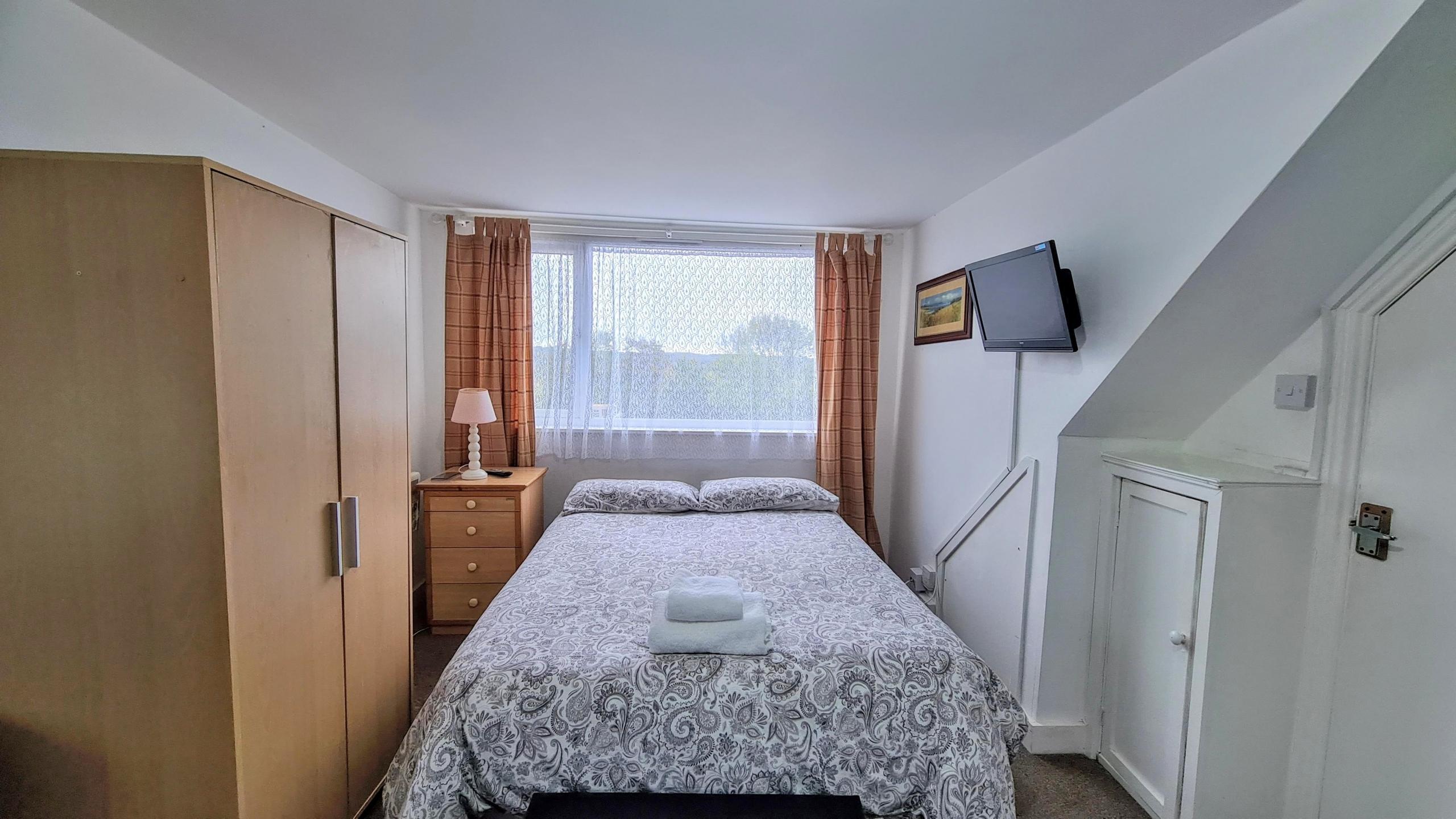 Studio-12-bedroom